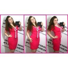 Прямое розовое платье