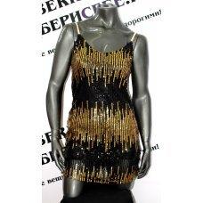 Золотое платье, расшитое пайетками